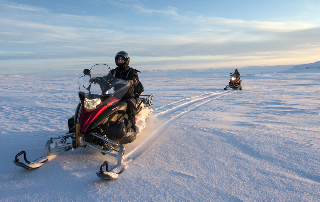 Anyone can master snowmobiling with Boutique DMC Iceland